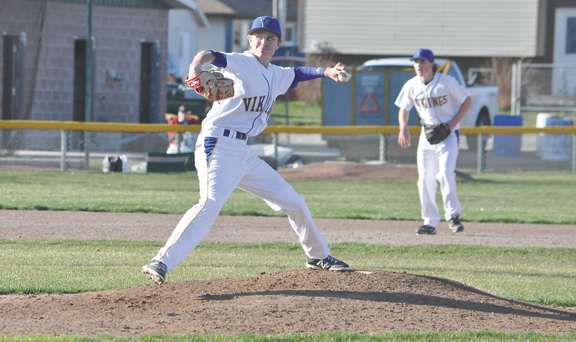 Apr. 23-vx.vikings1-tb